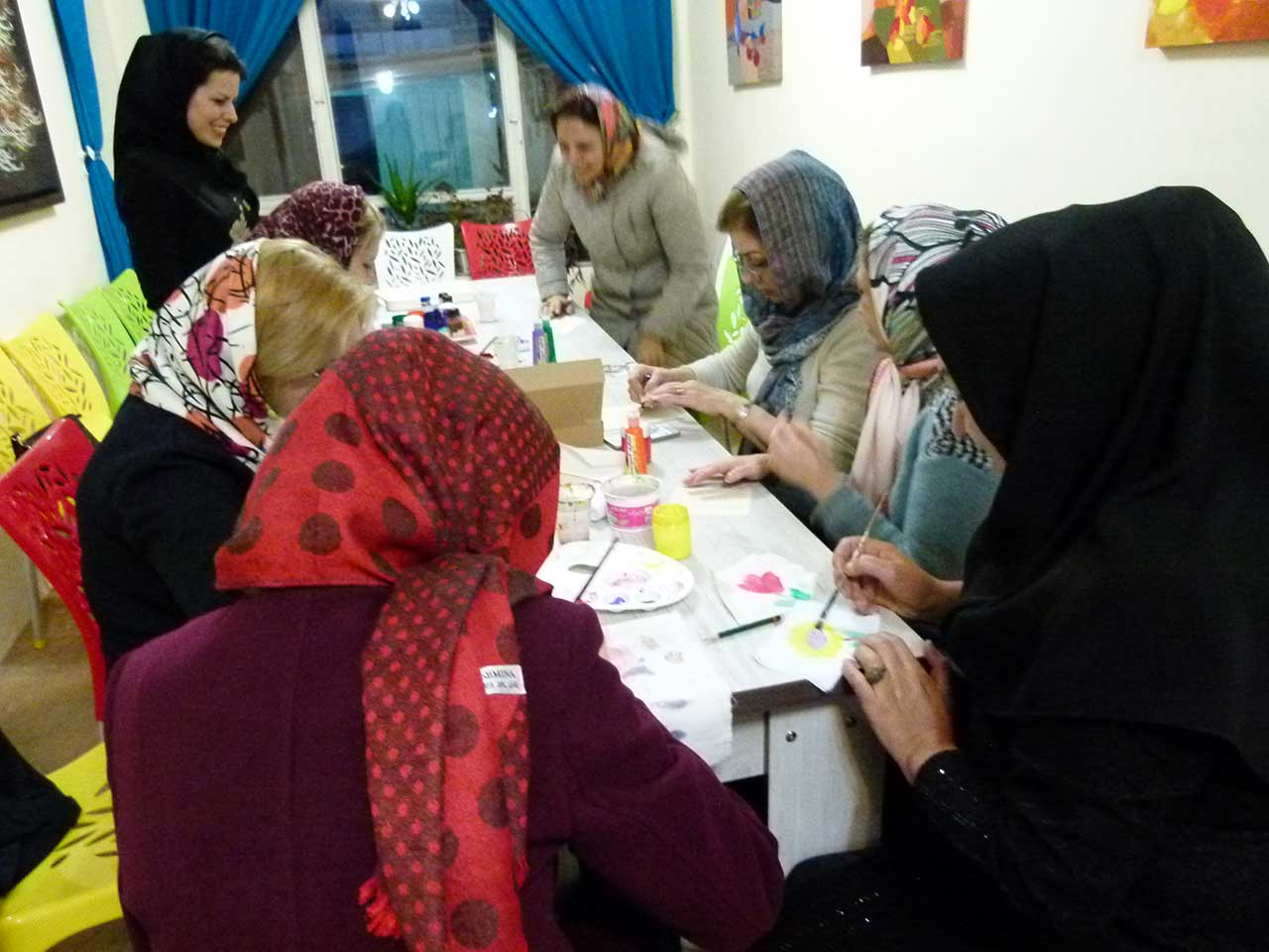 کارگاه نقاشی روی پارچه - وحیده فتحی - فرهنگسرای خانواده قاصدک